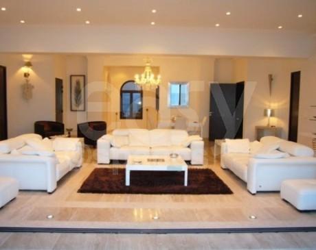 Location de demeure de charme avec piscine en location Cannes