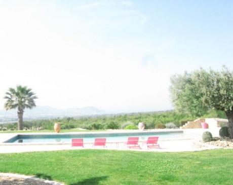 location de villa pour tournage de films en région provence alpes côte d'azur Marseille Toulon Bandol