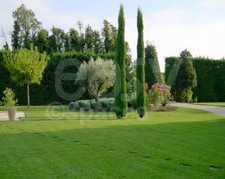 Location maison mas bastide villa avec pierres apparentes sud de la France Vaucluse 84 pour tournage de film