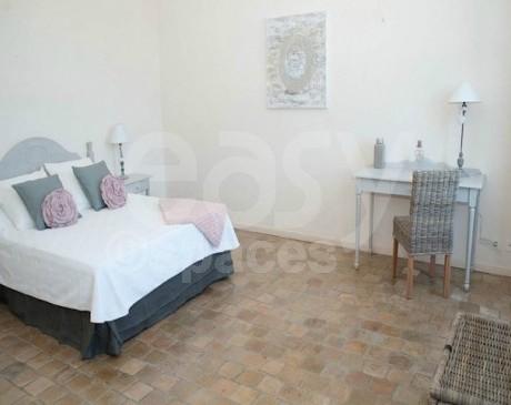 Villa en location pour photos tournages en région PACA Vaucluse 84