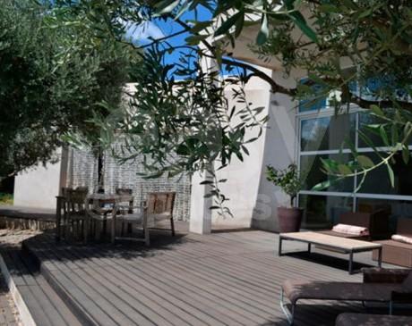 locations de villa loft château maisons et appartements pour un tournage à marseille en paca