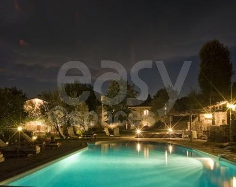 Location de mas avec piscine pour événements près d'Ales