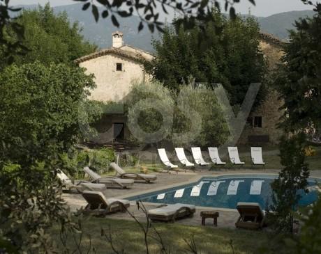 Villa en location pour baptêmes anniversaire réunions incentive Gard 30