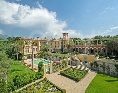 Jardin à la française et demeure d'exception