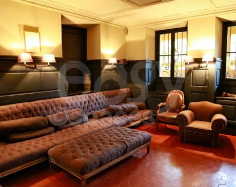 villa belle époque à louer pour productions photographique cannes