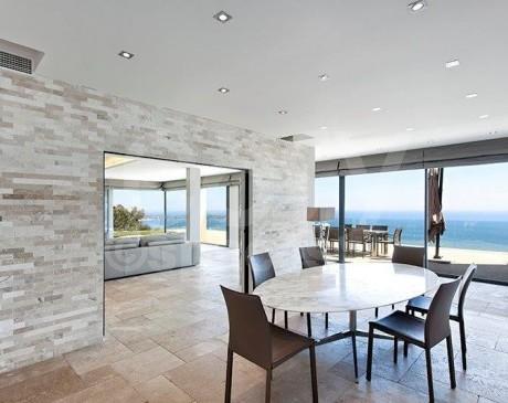 maison d 'architecte vue mer pour shooting photo a cannes