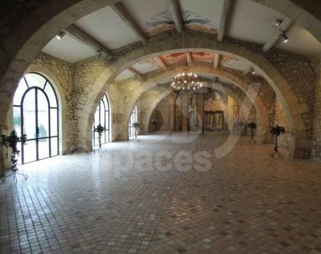 Location chateau pour des événements professionnels près d'Avignon