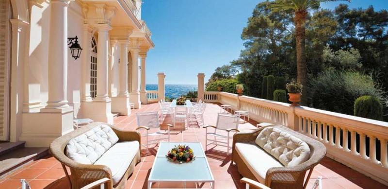 Location de villa avec jacuzzi pour reception privee region PACA